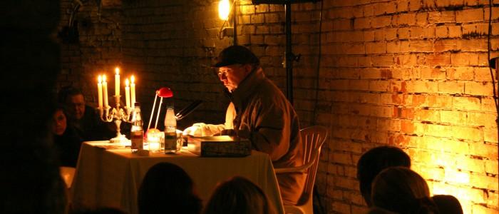 Lucas Bahl - in der 2. Krimi-Lesung im Jahr 2010